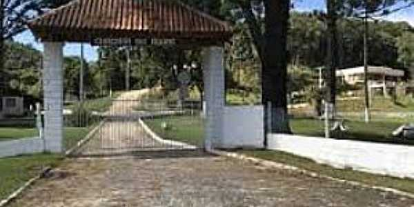 Imagens da localidade de Vila Diniz Distrito de Cruzmaltina - PR