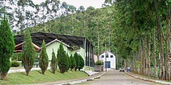 Abarracamento-RJ-Entrada do Distrito-Foto:Jorge A. Ferreira Jr.