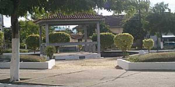 Andrade Pinto-RJ-Praça central-Foto:Eugenio C. Nicolau