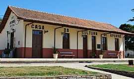 Aperibé - Aperibé-RJ-Antiga Estação,hoje Casa da Cultura-Foto:kenio vieira rezende