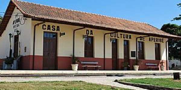Aperibé-RJ-Antiga Estação,hoje Casa da Cultura-Foto:kenio vieira rezende