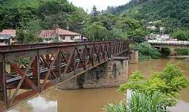 Areal - Areal-RJ-Ponte Ferroviária da Leopoldina-Foto:Pedro Rezende