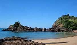 Búzios - Praia da  Ferradurinha Paisagem típica reúne mar cristalino, rochas e vegetação nativa Foto: Enviada por Nicanor Duarte