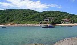B�zios - Praia da Tartaruga foto por juliano_fusiwaka