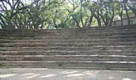 Avelar - Anfiteatro da antiga fazenda de escravos em Avelar-RJ-Foto:Marcelo Leão