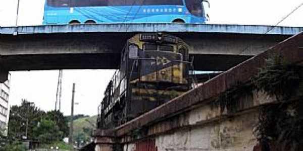 Barra do Piraí-RJ-Viaduto e Ponte Ferroviária-Foto:Jorge A. Ferreira Jr.