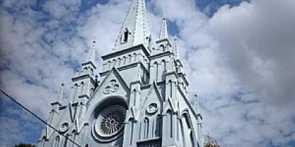 Bom Jesus do Itabapoana-RJ-Igreja do Senhor Bom Jesus Cruxificado e Imaculado Coração-Foto:Sergio Falcetti