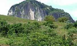 Cachoeiras de Macacu - Pedra do Col�gio em Cachoeiras de Macacu-Foto:Jesseb