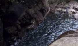 Cachoeiras de Macacu - Por Regina Ferreira Silva Flausino