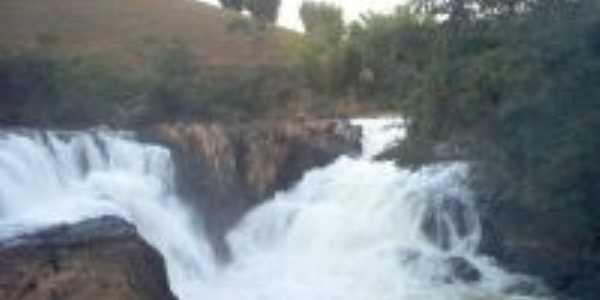 Cachoeira Lambari, Calheiros-RJ,, Por fitaroni