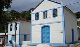 Cambiasca - Cambiasca-RJ-Igreja do Distrito-Foto:www.saofidelisrj.com.br
