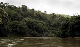 Cambiasca - Cambiasca-RJ-Rio Dois Rios-Foto: Adam Carvalho