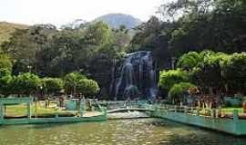 Cambuci - Cambuci-RJ-Parque Aquático-Foto:jerimais.blogspot.com