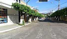 Cambuci - Rua do Clube em Cambuci-Foto:RodRobaina