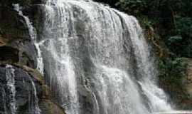 Cambuci - Cachoeira foto por Jeferson Vasconcellos (Panoramio)