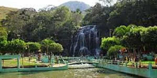 Cambuci-RJ-Parque Aqu�tico-Foto:jerimais.blogspot.com