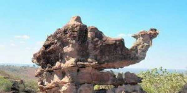 Pedra do Camelo na cachoeira bom jardim em colonia municipio de Itaetê Bahia, Por Val Marques