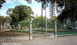 Campos dos Goytacazes - Jardim S�o Benedito em Campos dos Goytacazes-Foto:Sergio Falcetti