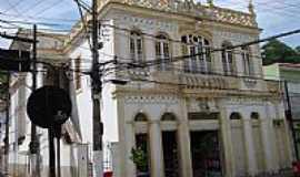 Cantagalo - Cantagalo-RJ-Patrimônio Histórico na Rua Leontino Felipe Richa-Foto:pauloavelino@yahoo.com.br