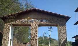 Carmo - Carmo-RJ-Pórtico de entrada da cidade-Foto:Raymundo P Netto