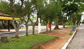 Casimiro de Abreu - Casimiro de Abreu-RJ-Avenida central-Foto:Erick Aniszewski