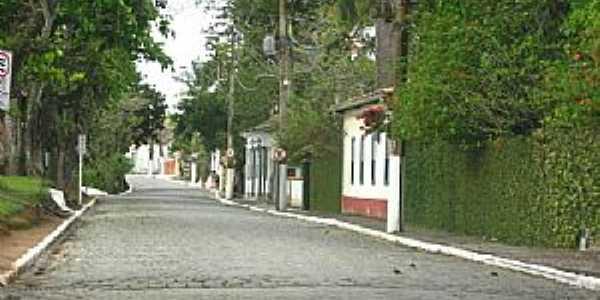 Casimiro de Abreu-RJ-Rua São João-Foto:Erick Aniszewski