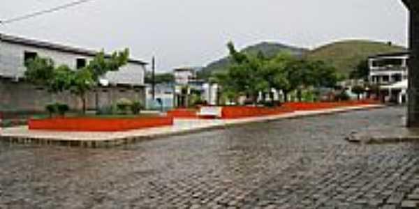 Itagí-BA-Praça Tiradentes-Foto:lenilton