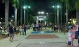 Comendador Levy Gasparian - Praça Joaquim José Ferreira no Centro, Por José Carlos da Silveira Badaró