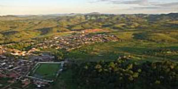 Itagibá-BA-Vista aérea da cidade e Mata Atlântica-Foto:Marcelo S F