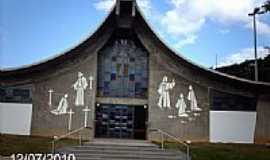 Cordeiro - Igreja Matriz de N.Sra.da Piedade-Foto:Sergio Falcetti