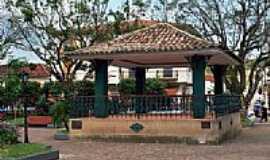 Duas Barras - Coreto na Praça Senador Manoel Lutterbach Nunes em Duas Barras-Foto:Acervo Digital Castr…