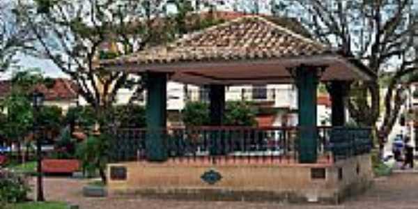 Coreto na Praça Senador Manoel Lutterbach Nunes em Duas Barras-Foto:Acervo Digital Castr…