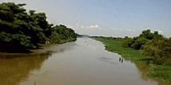 Rio Iguaçu em Duque de Caxias-Foto:Leonardo S. Oliveira
