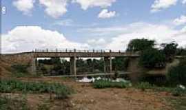 Itaguaçu da Bahia - Ponte sobre o Rio Verde em Itaguaçu da Bahia-BA-Foto:MANUEL ANTÔNIO