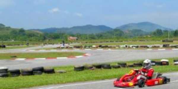 Kartódromo Internacional, Por Rafael Coelho