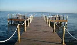 Iguaba Grande - Iguaba Grande-RJ-Pier da orla-Foto:quiosque11.blogspot.com