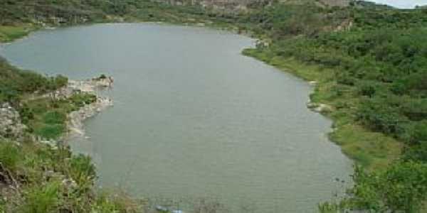 Sitio arqueológico em Itaboraí Por marcello1