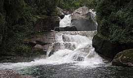 Itatiaia - Itatiaia-RJ-Cachoeira Itaporani no Parque Nacional-Foto:Thiago Bai�es