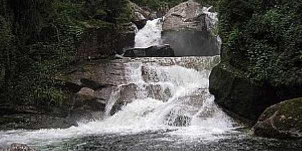 Itatiaia-RJ-Cachoeira Itaporani no Parque Nacional-Foto:Thiago Baiões