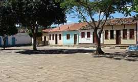 Itaítu - Itaitu-BA-Casario antigo-Foto:noedsonney