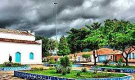 Itaítu - Praça principal da vila