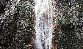 Itaítu - Cachoeira Véu das Noivas