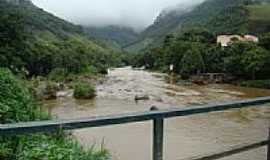 Lumiar - Ponte sobre o Rio Macaé, por Paulo Noronha