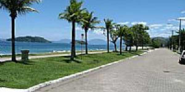 Avenida beira mar em Mambucaba-RJ-Foto:Arthur Torres
