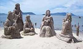Mangaratiba - Estátuas de areia[Natal]-Foto:Vagner Soares da Cos…