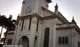 Nil�polis - Igreja de Nil�polis-RJ-Foto:Sergio Falcetti