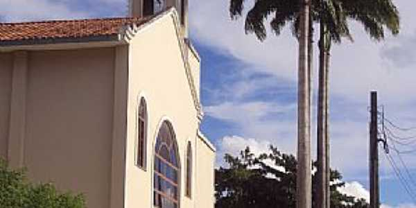 Papucaia-RJ-Paróquia de N.Sra.de Fátima-Foto:oliver mee