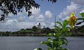 Itajuípe - Itajuípe-BA-Lago Humberto Badaró e ao fundo a cidade-Foto:tennyson.freitas