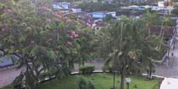 Itajuípe-BA-Vista da praça da Matriz-Foto:jamariozin