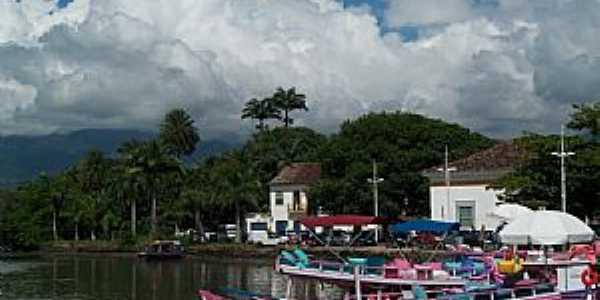 Paraty-RJ-Cais-Foto:Josue Marinho